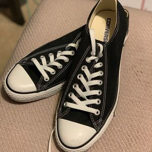 Converse // Classic All Star Low Top M10 W12
